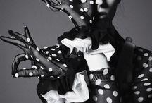 Dots& dots