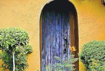 """Puertas"""