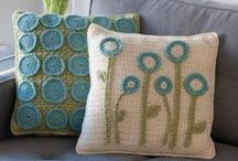 Sewing/Yarn / Simple sewing, crochet, and knit projects for fashion plus home decor. Projects, ideas, tutorials. Yarn, embroidery.