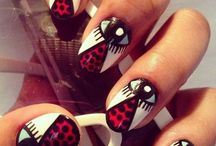 Halloween Nails / by Cynthia Coffield