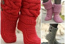 Knit slipper patterns / Knitted slippers for toasty toes on house days.