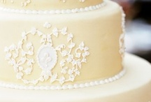 Wedding Cake, Cream, Ivory / Cakes from the subtlest ivory to palest cream .. these classic beauties are a joy to look at. Like the pure white cakes their beauty is timeless. - I have around 40 wedding cake boards plus cupcakes, towers, mini cakes etc. that you may like to take a look at :)