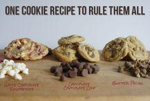 Cookies / by Janis Harju