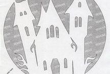 pochoirs et masks : freebies / selon que l'on utilise le positif ou le négatif d'une découpe, on obtient pochoir ou mask... quelque soit leur utilisation d'origine, ils pourront servir pour des fonds de pages, des cartes, des papiers, des découpes dans différents matériaux, des mobiles... ou même pour décorer murs et objets... et aussi être utilisés dans différents domaines et techniques : point lancé, patchwork, mosaïque, peinture, encrage, décoration, gaufrage, paper piecing... / by Isabelle de Beukelaer