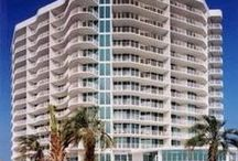California Houses, Condos, Events, Attractions / Explore California Beaches: Vacation Rentals, Festivals, Real Estate, Outdoors, Activities, Golf, Fishing from San Diego to Oceanside, Laguna Beach, Santa Monica, Santa Cruz, Bodega Bay, Mendocino...