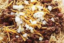 Tastes of Cincy / Want to create the flavors of your favorite Cincinnati foods in the comfort of your own home? Look no further for the best Cincinnati Chili recipes and more!