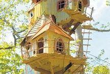 Birdhouses Birdfeeders / by Teresa Duncan