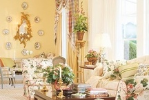 gorgeous living rooms / by Heather Sanguinetti