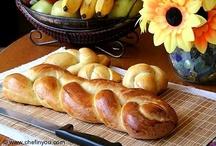 Bread / by Linda Romero