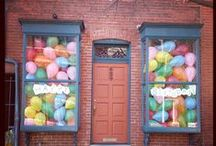 Balloons Decorating Ideas / So you bought balloons and not sure what to do next? Have a look at these fantastic ideas.