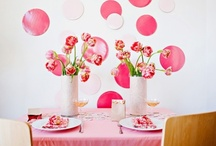 Pink Party Ideas / Setting a pink party is always good idea if you are inviting girls. Few smart items such as tablecovers, napkins and balloons can change the room quickly into a different place. Make it perfectly pink :-)