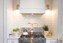 Kitchens / by Susanna Sayer