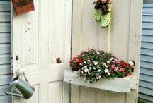 Garden Inspiration / Easy #DIY projects for your garden.  Along with some dream garden ideas.