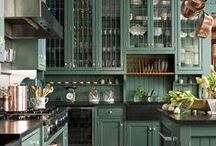KITCHENS / Ideas for remodeling my own kitchen.