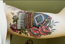 tattoo / by Sandrine Lambin-Gagnon