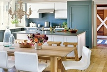 Kitchens / by Meg Samuels