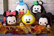 Disney Holidays / Disney holiday crafts, DIY, projects, and inspiration.