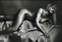 Trans Model: Laverne Cox / Allure magazine have captured actresses in a nude editorial shoot for their latest issue. Jordana Brewster, Sandrine Holt, Nicole Behave and Katheryn Winnick joined Orange is the New Black star for the May edition of the magazine. http://www.ukmodels.co.uk/allure-magazine-hire-trans-actress-laverne-cox/
