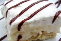 Desserts / by Bonnie Twogood