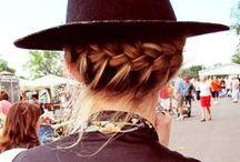 Festival fashioning / Fashion in the field