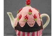 crochet & knitted kitsch delights