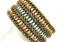 Jewelry Tutorials: Beadweaving / Beadweaving tutorials - gotta love those seed beads! / by Lesley Freedom