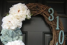 Crafting: Wreaths / by Natalia Caylor