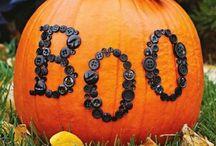 HOLIDAYS: Halloween / by Natalia Caylor
