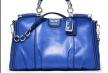 Handbags, clutches, luggage / by Sharon Panaccione