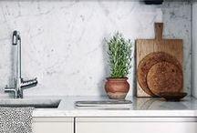 Kitchen / by Sai Zaia