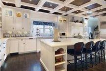 home-kitchen/dinning / by Amylee Hubert