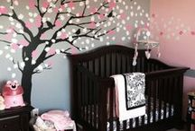Home: Kids' Rooms / by Mindy Browning