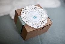 Crochet & Doily Wedding Details / Crochet doily wedding details