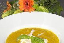 Suppenliebe / Leckere Suppen und geschmackvolle Eintöpfe - Rezepte für jeden Tag