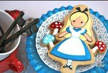 You're one cute cookie (or cake!) / Fabulous decorations ideas for your baked delights