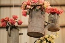 Flower Displays / The most creative ways to display your flowers for the big day.