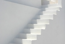 Escaleras - stairs / by Susana Munay