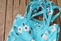 Bags! / Sewing, tutorials, DIY / by Barefootingly Simple