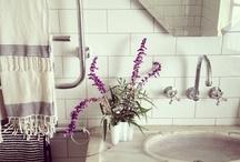 Bathrooms / by Stephanie Ballard (Covet Living)