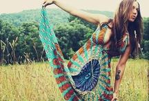 I Wish I Dressed Like This / by Emily Epting