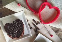 Love Is In the Air / Delicious Gluten Free recipes perfect for Valentine's Day! You're sure to woo that special someone by making any of these dishes!