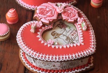 Community Cookie Contest - Love Is In The Air / This board - the fourth of Julia's Pinterest cookie decorating contests - is CLOSED FOR PINNING. However, please stop to take in all the fabulous Valentine's Day cookies that have been pinned here! The contest wrap-up, including all honorable mentions, can be found on Julia's site: http://www.juliausher.com//newsletter/384.