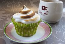 Daisy Cake Bakes