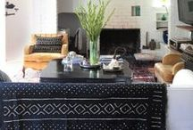 Living Room / by Alesia Molina
