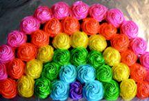 Cakes & Cupcakes / Cakes & cupcakes designs and recipes / by Regina Herrera