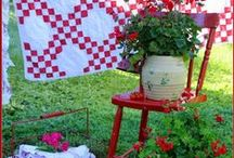 Red and White Home / I just love anything red and white.  I have it in my kitchen, want it in my bath and will have it in my laundry room!!!