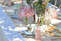 PrEtTy TabLe NoW LeT's EaT / Time to eat now let's set a pretty table! Come on over ya hear and have some fried chicken and sweet tea!