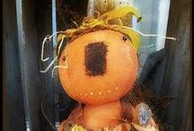 Halloween Folk Dolls / Halloween dolls for the primitive lover!