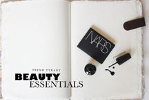 KISS MY.. / Beauty Essentials and Top Trends