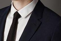 ミッドナイトブルーとは?007/ジェームズ・ボンドと英国王が愛した色!